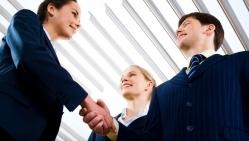 Tinkamas bendravimas su verslo partneriais – kelias į sėkmę