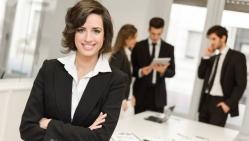 Turite nuolatinį darbą, bet svajojate apie savo verslą? Ką reikia žinoti?