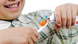 Vaikų dantų priežiūra: kodėl svarbu rūpintis pirmaisiais dantukais ir reguliariai apsilankyti pas odontologą