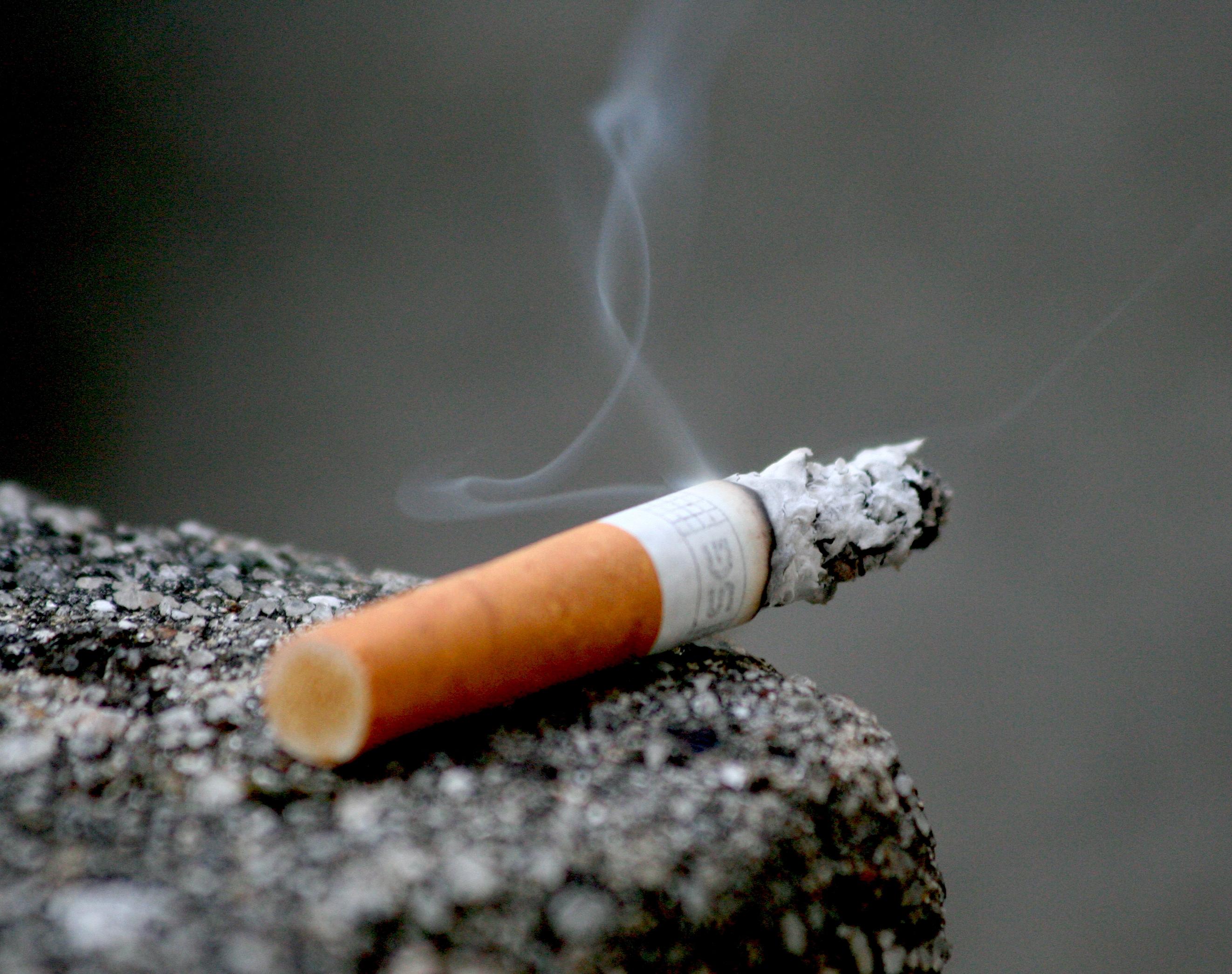 Didėjantis cigarečių akcizas: mažėjantis rūkančiųjų skaičius