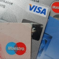 Gerėjantys lūkesčiai ir stiprėjanti konkurencija skatina bankus švelninti kreditavimo sąlygas