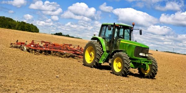 naudota žemės ūkio technika